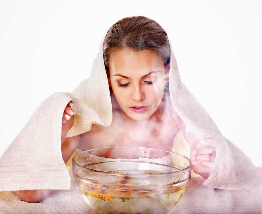 Thực hiện xông hơi cho da mặt từ 2 đến 3 lần mỗi tuần