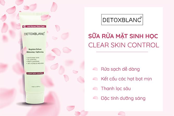 Chăm sóc da cùng Sữa rửa mặt sinh học đa năng Detox Blanc