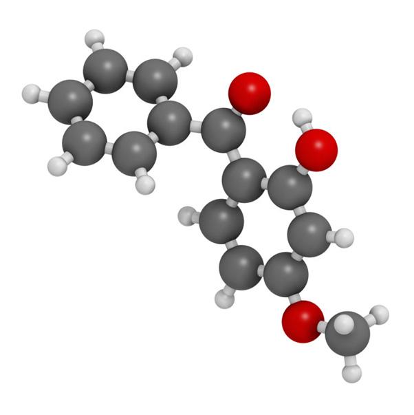 Oxybenzone - Nhóm chất tạo màu, giữ mùi