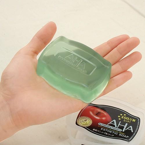 Xà phòng tẩy da chết AHA Esthetic soap có giá khoảng 200.000 VND