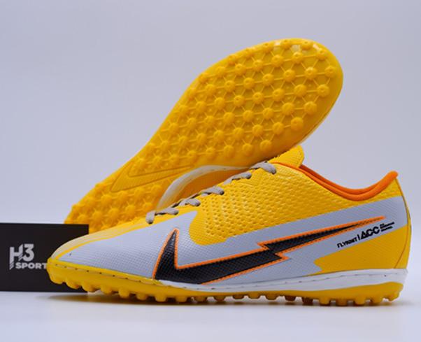 Giày đá bóng tại H3 Sport