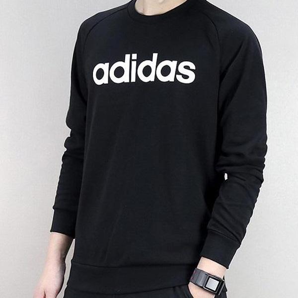 Hãng quần áo thể thao Adidas