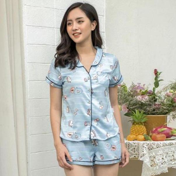 Trong phong cách quần đùi không thể thiếu sự góp mặt của một bộ pijama