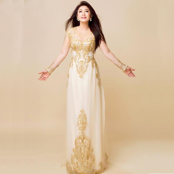 Các mẫu áo dài đẹp sang trọng đa dạng, chị em thoải mái lựa chọn