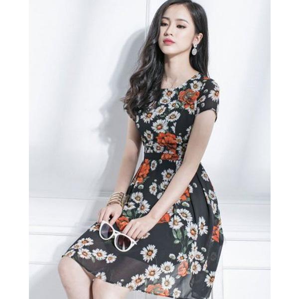 Đầm đẹp cho tuổi 35 thanh lịch