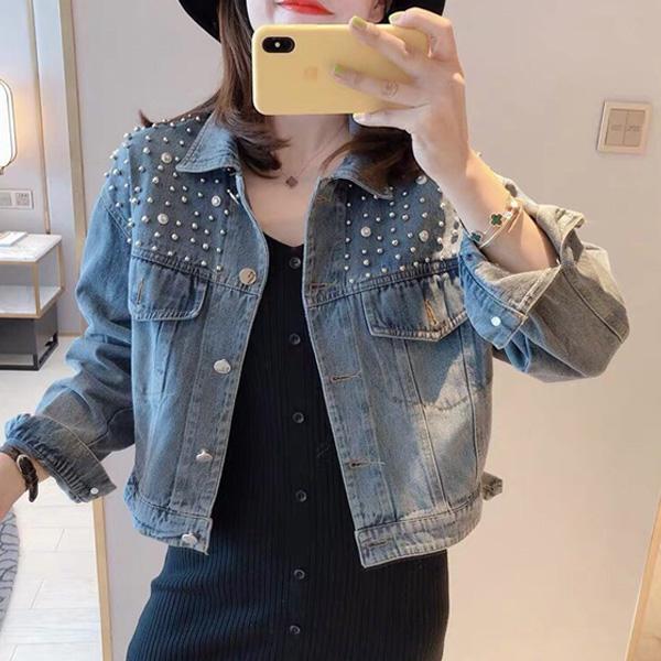 Áo khoác jean nữ đính hạt