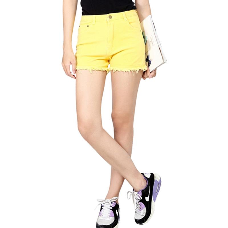 Các bạn gái hãy tự tin diện cho mình những mẫu quần ngắn xinh đẹp nhất!