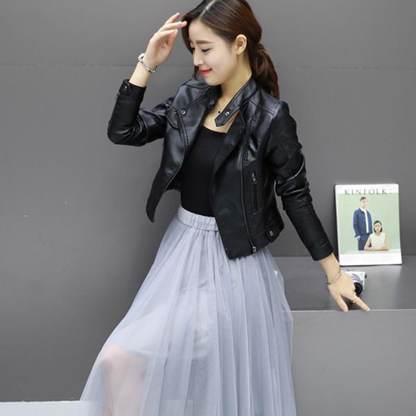 Áo da nữ Hàn Quốc khoác ngoài dễ dàng phối với các bộ trang phục khác nhau